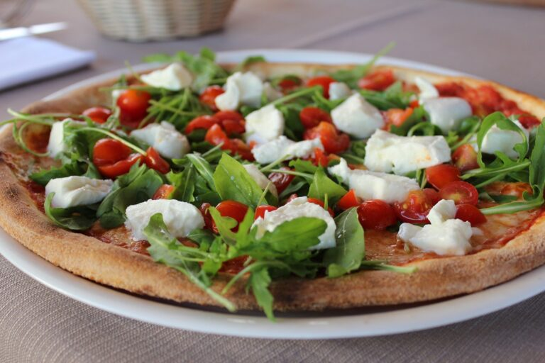 pizza tomate roquette