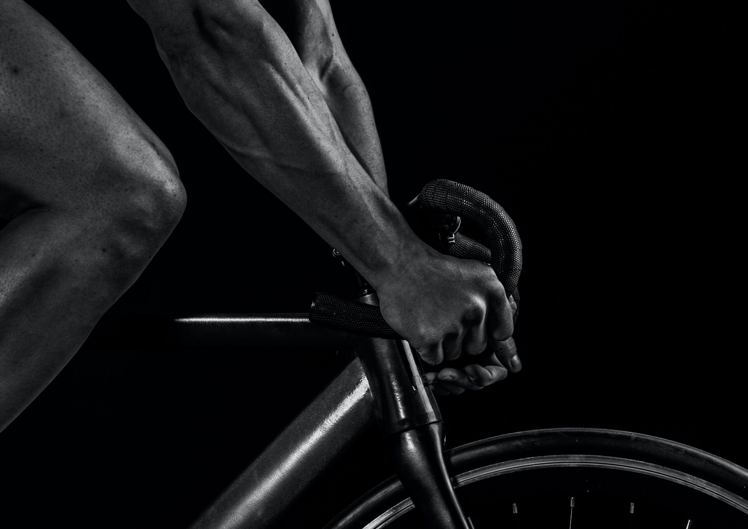 homme sur vélo